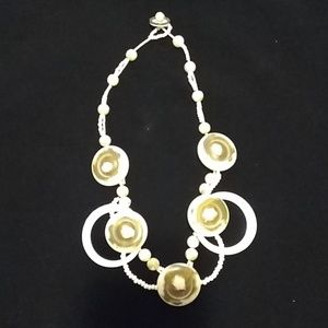 Jewels Tulle & Spools white & cream necklace JTS03